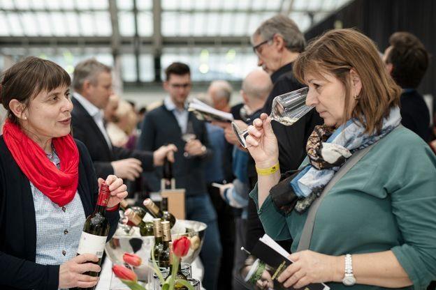 web-Weinviertel-DAC-in-Linz-2020-VioWakolbinger-000