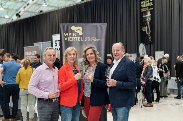 web-Weinviertel-DAC-in-Linz-2020-VioWakolbinger-041
