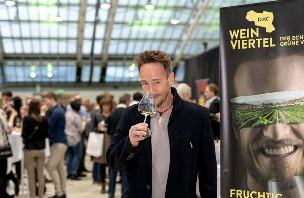 web-Weinviertel-DAC-in-Linz-2020-VioWakolbinger-043