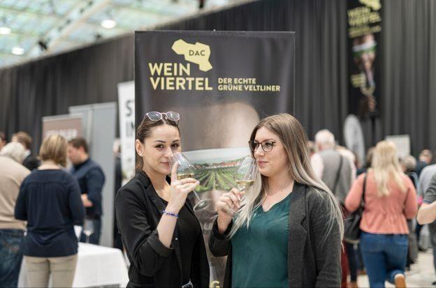 web-Weinviertel-DAC-in-Linz-2020-VioWakolbinger-045