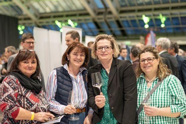web-Weinviertel-DAC-in-Linz-2020-VioWakolbinger-076